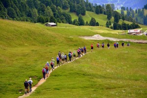hiking-2540189_640